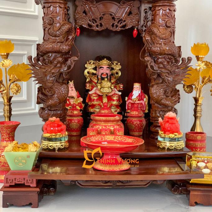 Bộ Ban Thờ Thần Tài 3 Tầng Cột Rồng To 61 Gấm Đỏ 3TCRG01GD