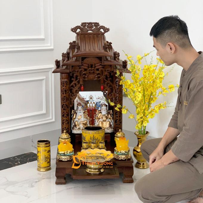 Bộ Bàn Thờ Thần Tài Mái Dốc Xoan 41 Kim Sa BMDX01KS