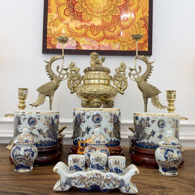 Ba hũ trên bàn thờ gia tiên là gì?
