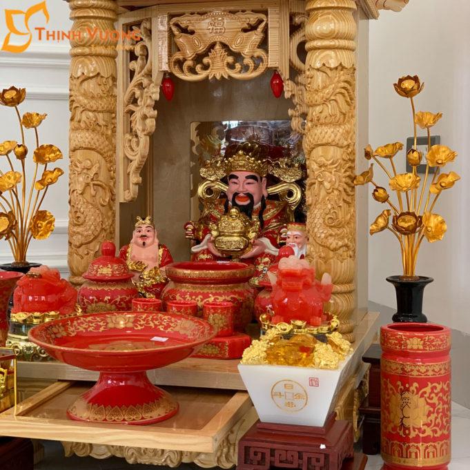 Bộ Bàn Thờ Thần Tài 2 Tầng Cột PơMu 48 Gấm Đỏ 2TCPM01GD1