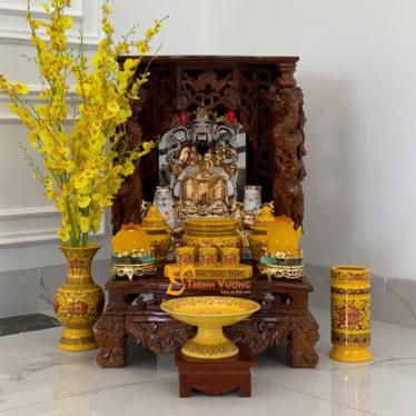 Bộ Bàn Thờ Thần Tài MB Cột Xoan 48 Gấm Vàng MBXC01GV