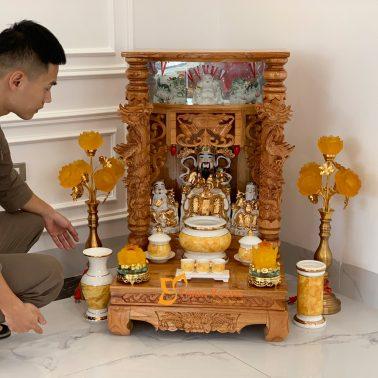 Bộ Bàn Thờ Thần Tài Lân Cột Xoan Lát 56 Vàng Đá BLCXL01VD
