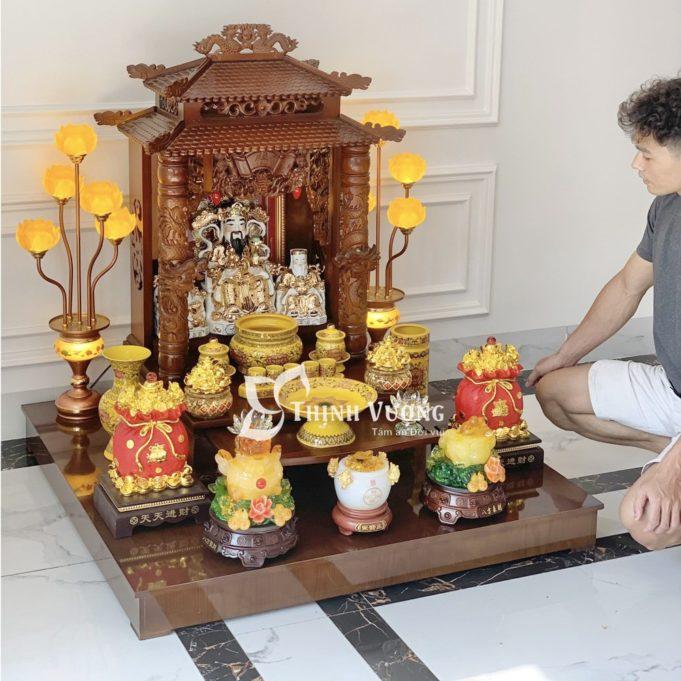 Cách lau dọn và chăm chút bàn thờ Thần Tài