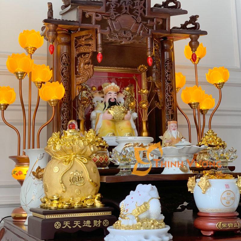 Bàn thờ thần tài đẹp gỗ gụ mái chùa