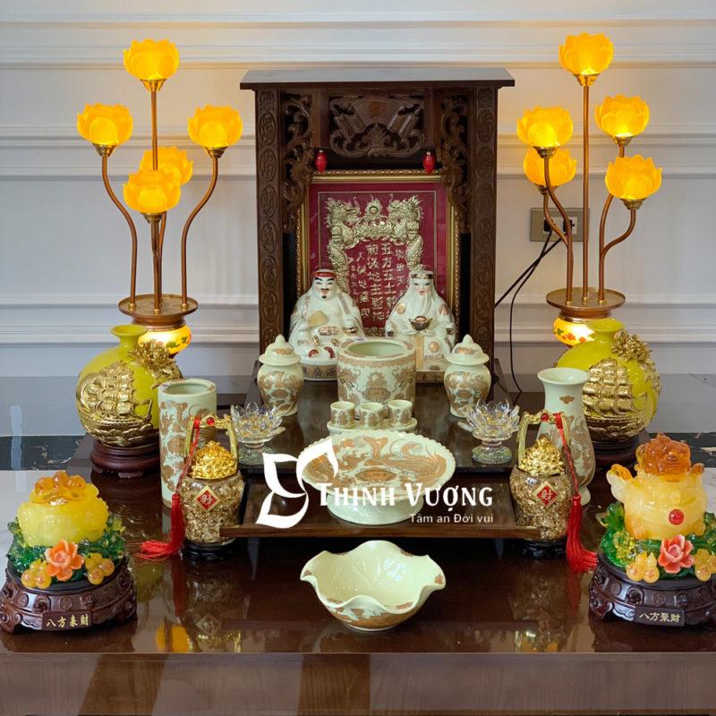 bàn thờ thần tài mái bằng gỗ xoan