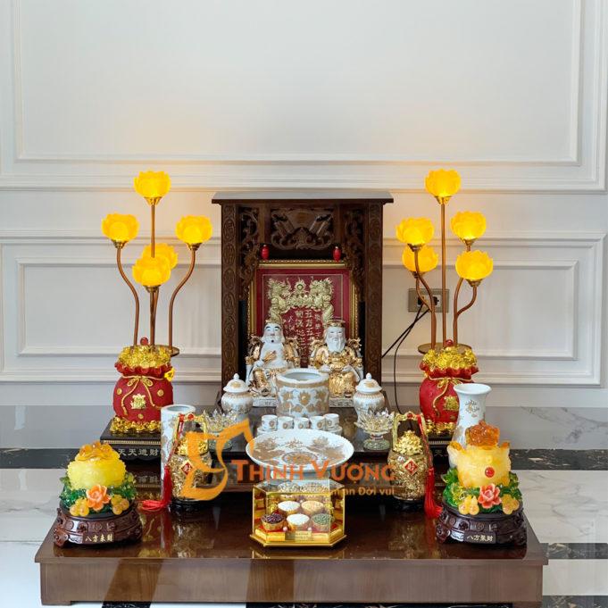 Vị trí phù hợp vật phẩm trên bàn thờ thần tài
