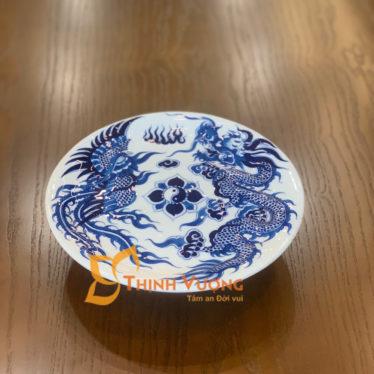 Giá đĩa thờ cúng men lam xanh nổi tại Hà Nội