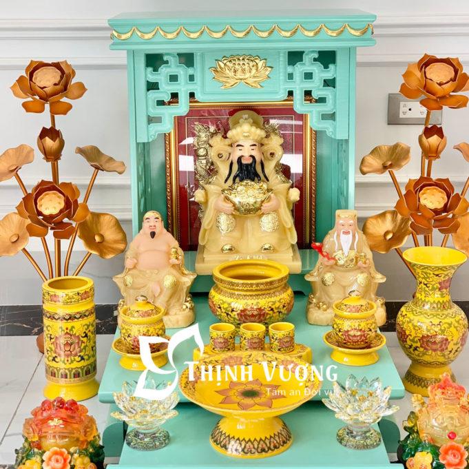 Bàn thờ thần tài xanh ngoc sứ gấm vàng 1